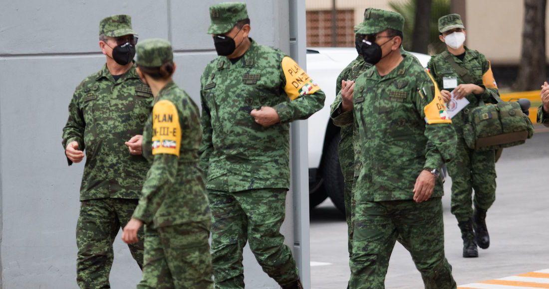 El Secretario General de la Defensa Nacional, Luis Cresencio Sandoval, encabezó la ceremonia oficial de entrega de condecoraciones a miembros del ejército Mexicano. Este evento se realizó, al medio día en el campo de fútbol de la Sedena.
