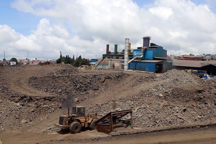 Esta semana se dió a conocer que 85 trabajadores de la minera Autlan, ubicada en el municipio de Teziutlán, dieron positivo al Coronavirus.
