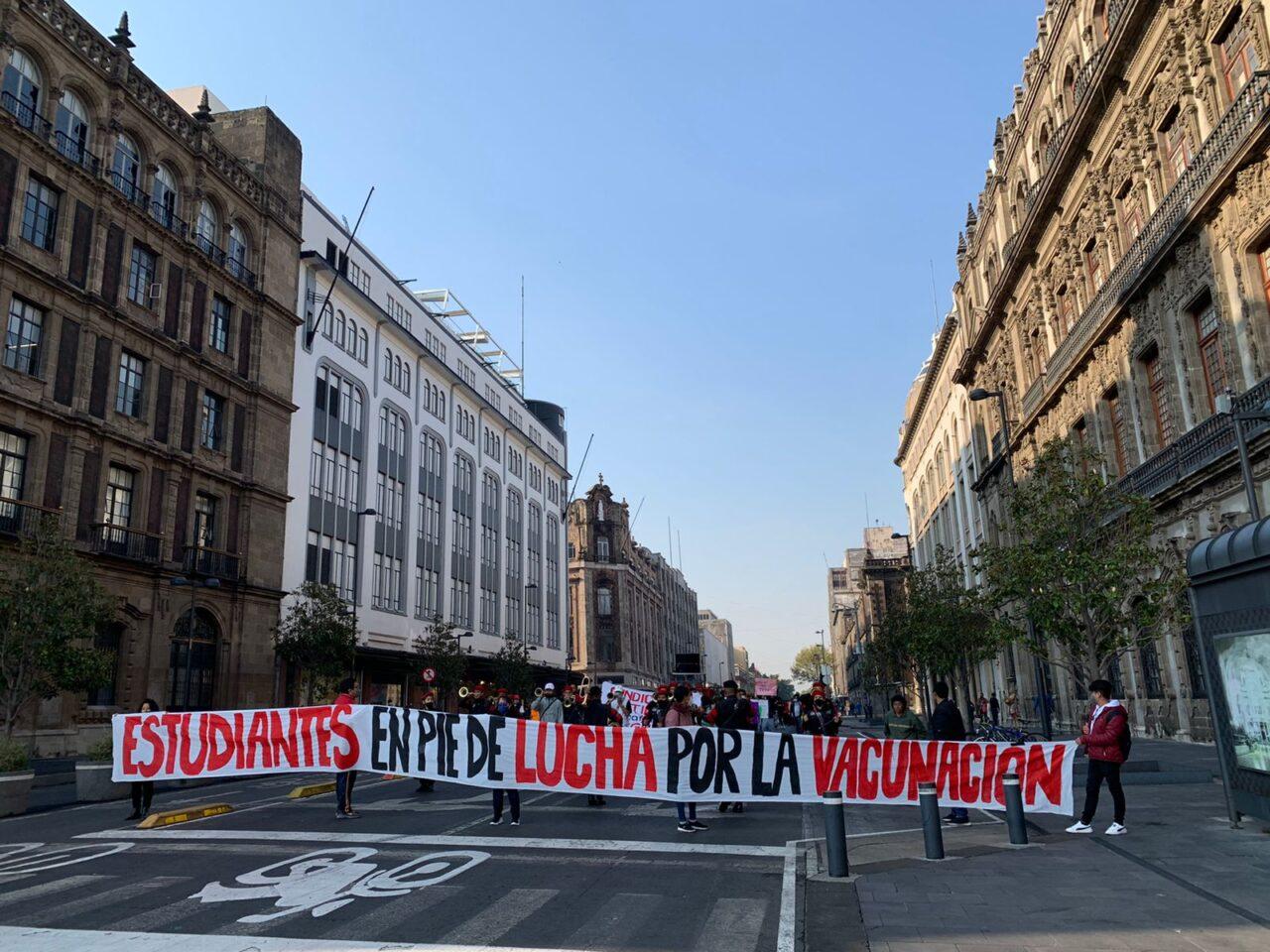 ESTUDIANTES protestaron