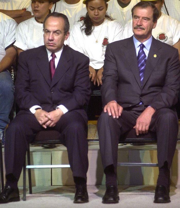 México D.F 04 Mayo 2004.- Felipe Calderon Hinojosa, secretario de Energía y el presidente Vicente Fox durante la ceremonia de apertura de la XXXIII Convención General del Sindicato de Trabajadores Mineros y Metalurgicos.FOTO: Eunice Adorno/CUARTOSCURO.COM